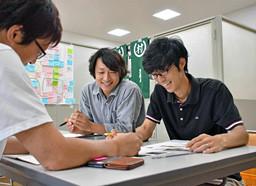 京都新聞にて「コミュニティ・コンビニ整備へ 過疎地、負の連鎖阻止期待」という見出しで取材をしていただきました!
